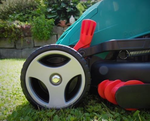 elektrische grasmaaier afstellen